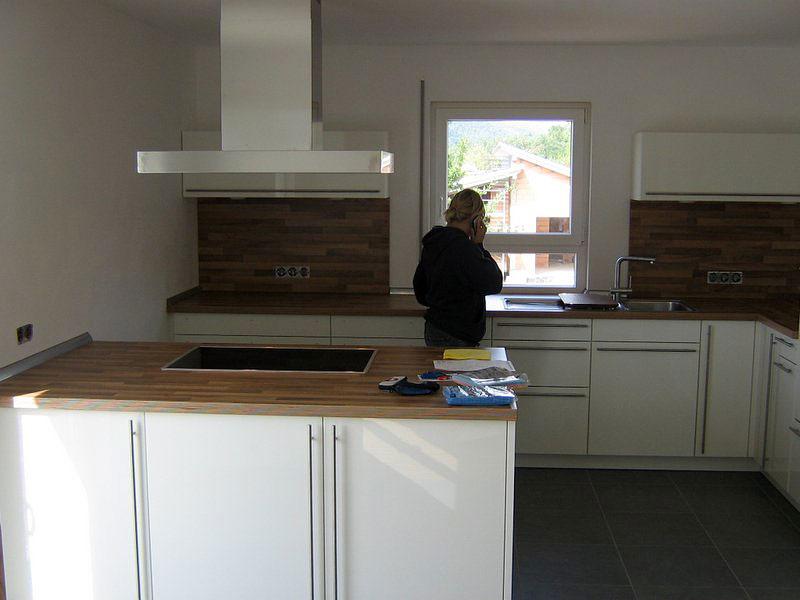 ILFer Bau: Vier Zimmer, Küche, Bad